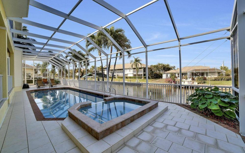4901 SW 8th Ct, Cape Coral - Luxury Home For Sale 64228222
