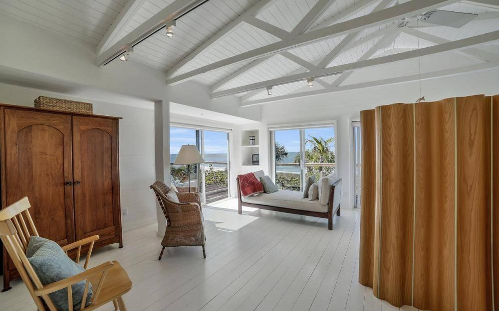 560 Gulf Ln, Captiva - Beach Life Home For Sale 817842538