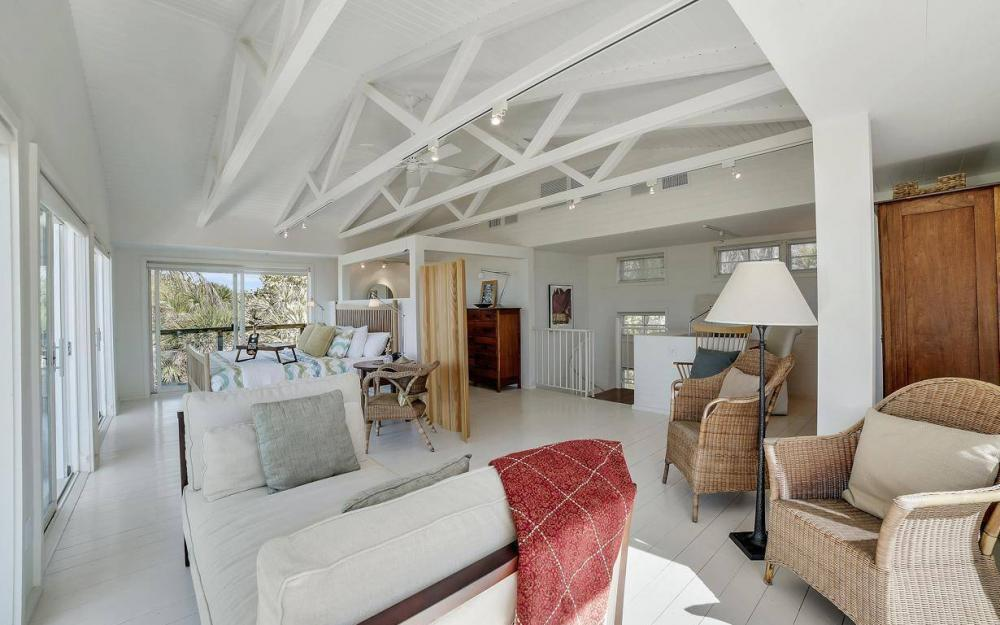 560 Gulf Ln, Captiva - Beach Life Home For Sale 378466968