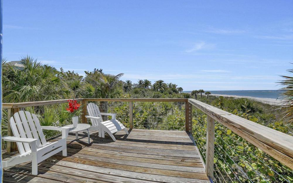 560 Gulf Ln, Captiva - Beach Life Home For Sale 1694121865