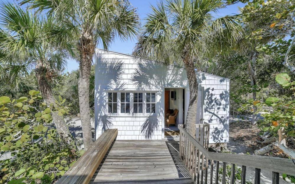 560 Gulf Ln, Captiva - Beach Life Home For Sale 1210566316