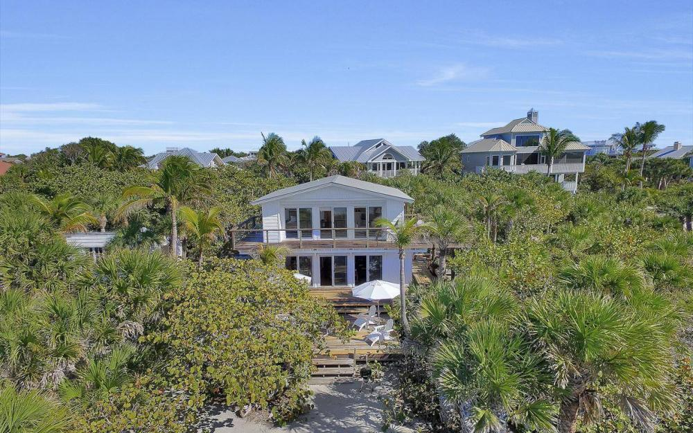 560 Gulf Ln, Captiva - Beach Life Home For Sale 1413495824