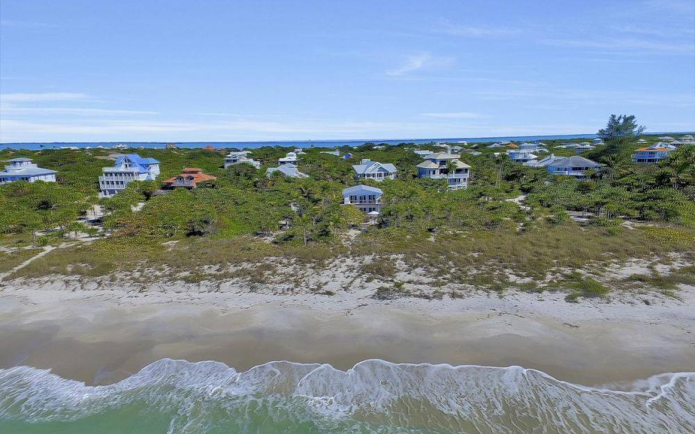 560 Gulf Ln, Captiva - Beach Life Home For Sale 902217417