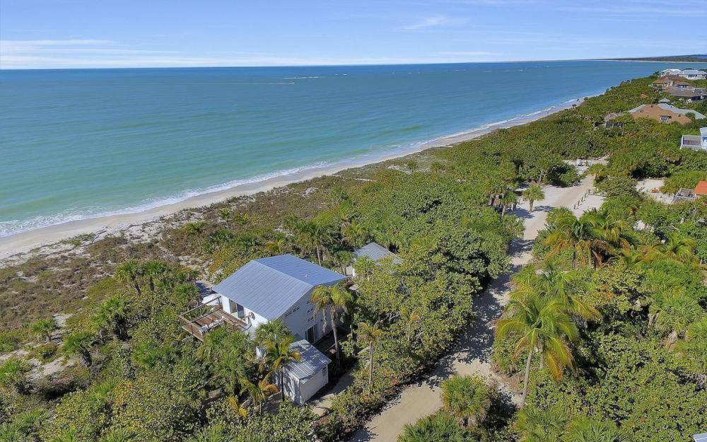 560 Gulf Ln, Captiva - Beach Life Home For Sale 508333210