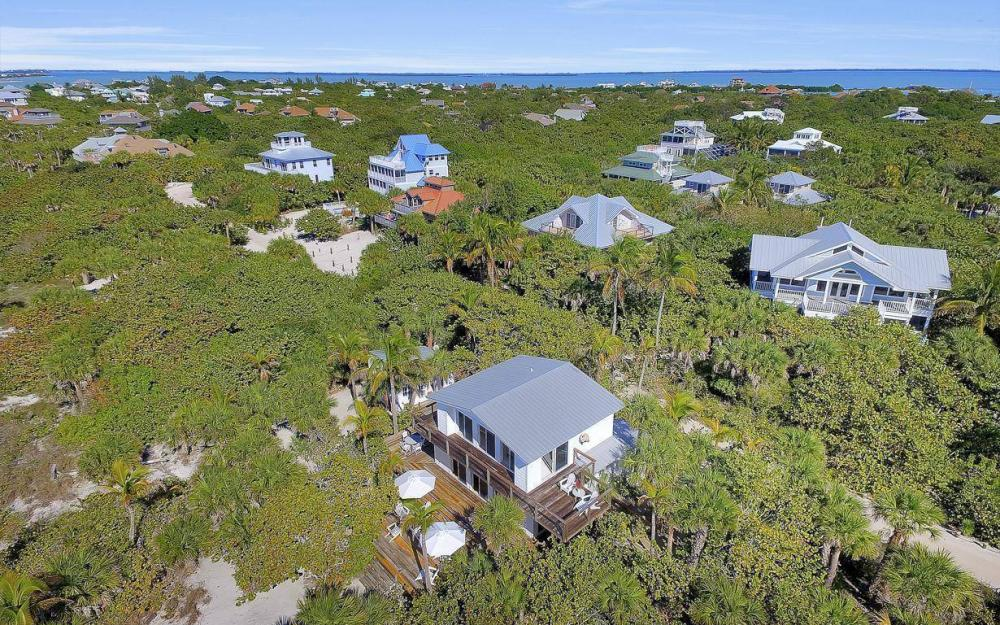 560 Gulf Ln, Captiva - Beach Life Home For Sale 1636697848