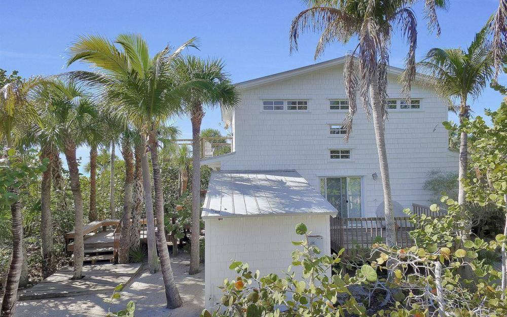 560 Gulf Ln, Captiva - Beach Life Home For Sale 1331589542