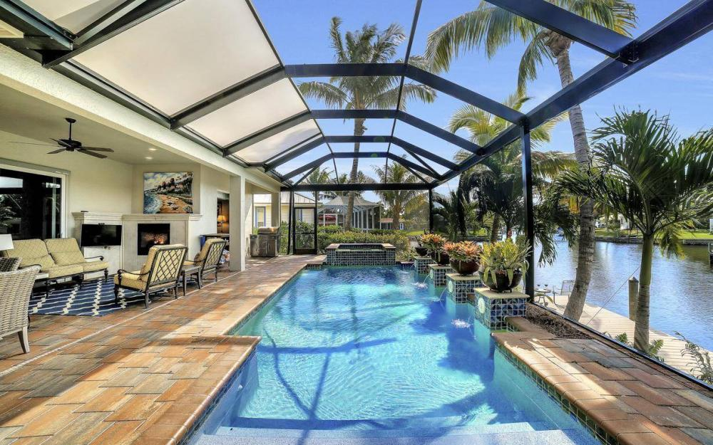 476 Keenan Ct, Fort Myers - Home For Sale 60485967