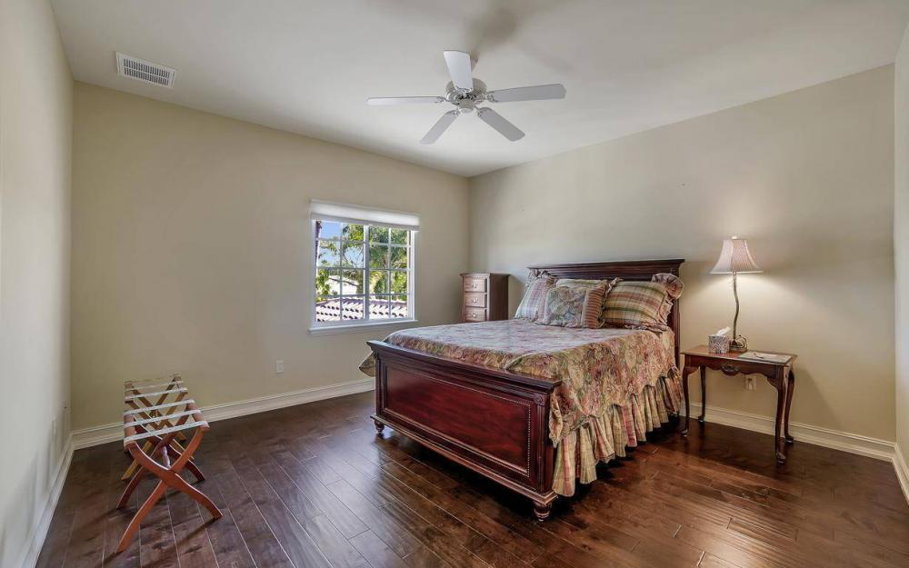 476 Keenan Ct, Fort Myers - Home For Sale 484733848
