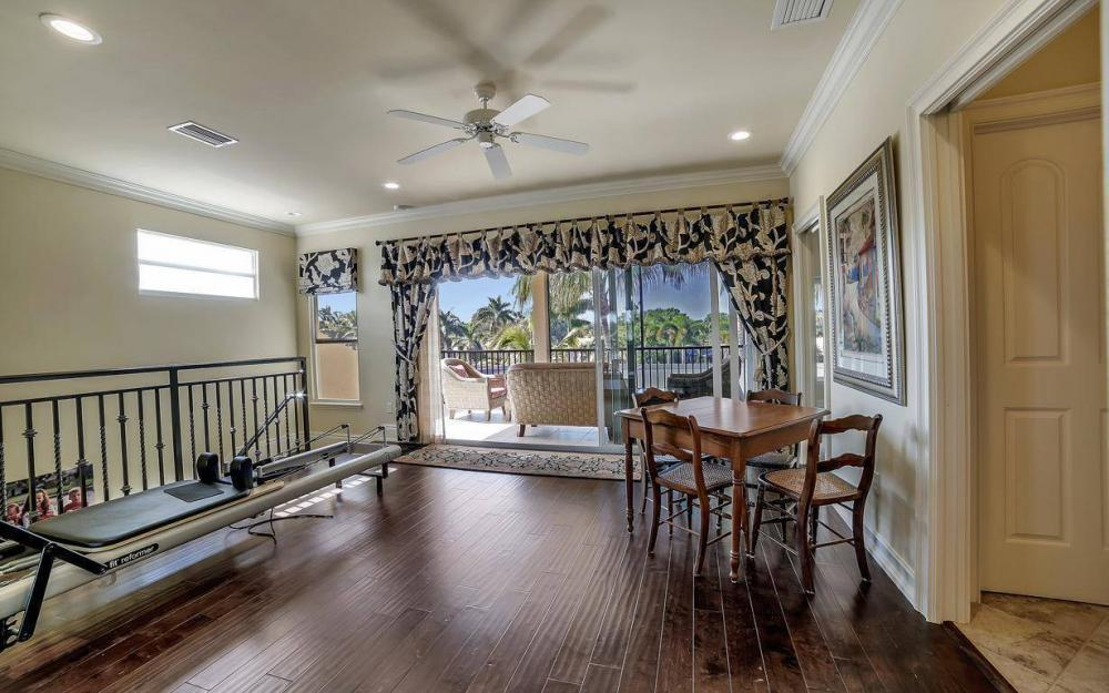 476 Keenan Ct, Fort Myers - Home For Sale 1078995053