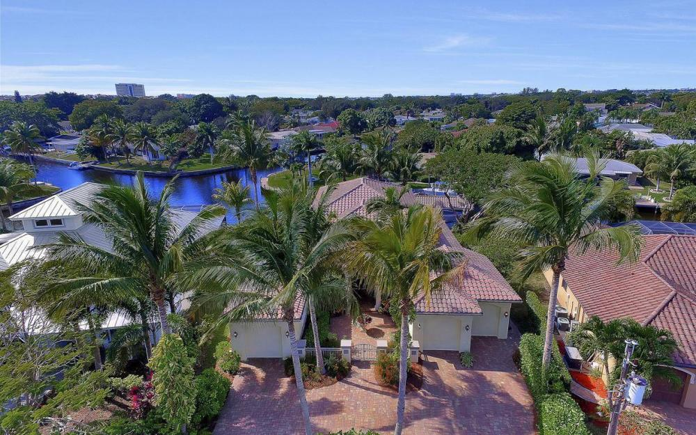 476 Keenan Ct, Fort Myers - Home For Sale 530797614