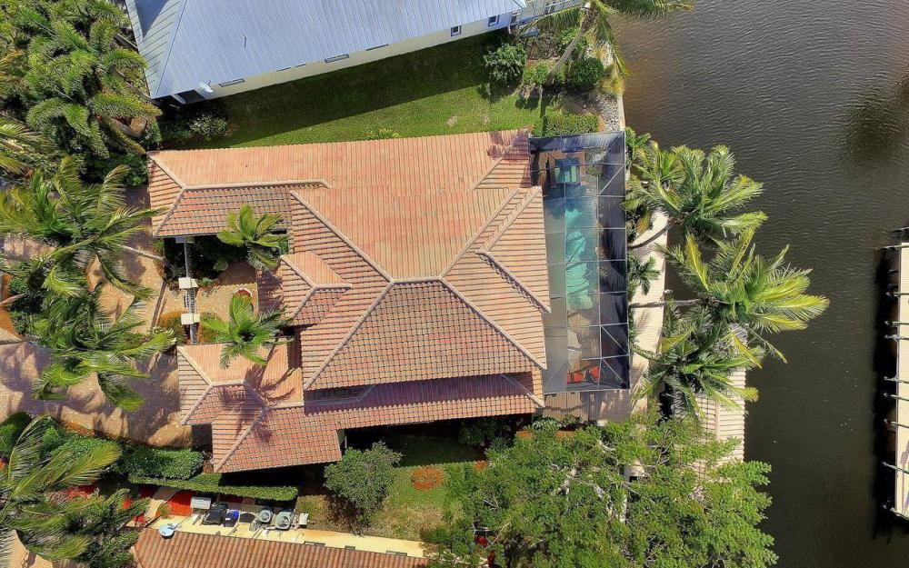 476 Keenan Ct, Fort Myers - Home For Sale 2069027983