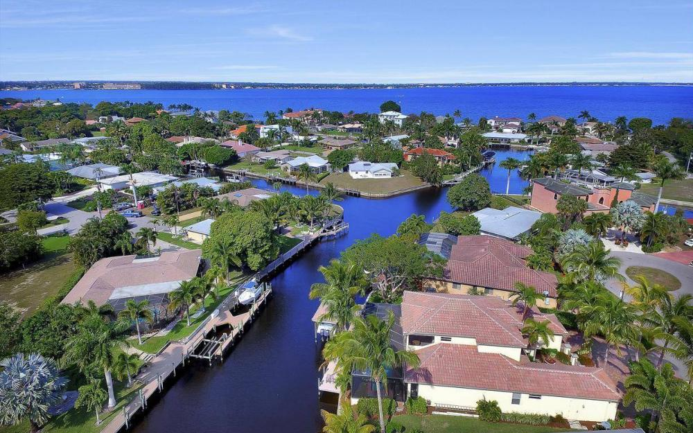 476 Keenan Ct, Fort Myers - Home For Sale 1497410384