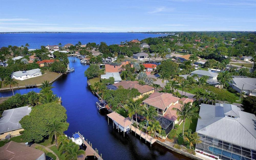 476 Keenan Ct, Fort Myers - Home For Sale 2067311069