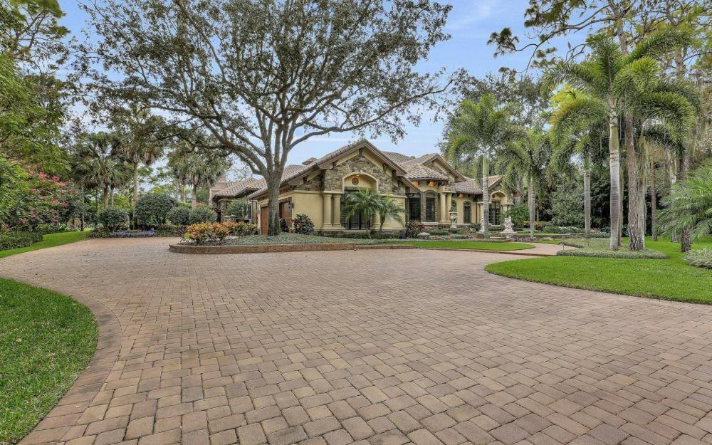 4456 Silver Fox Dr, Naples - Home For Sale 956309302