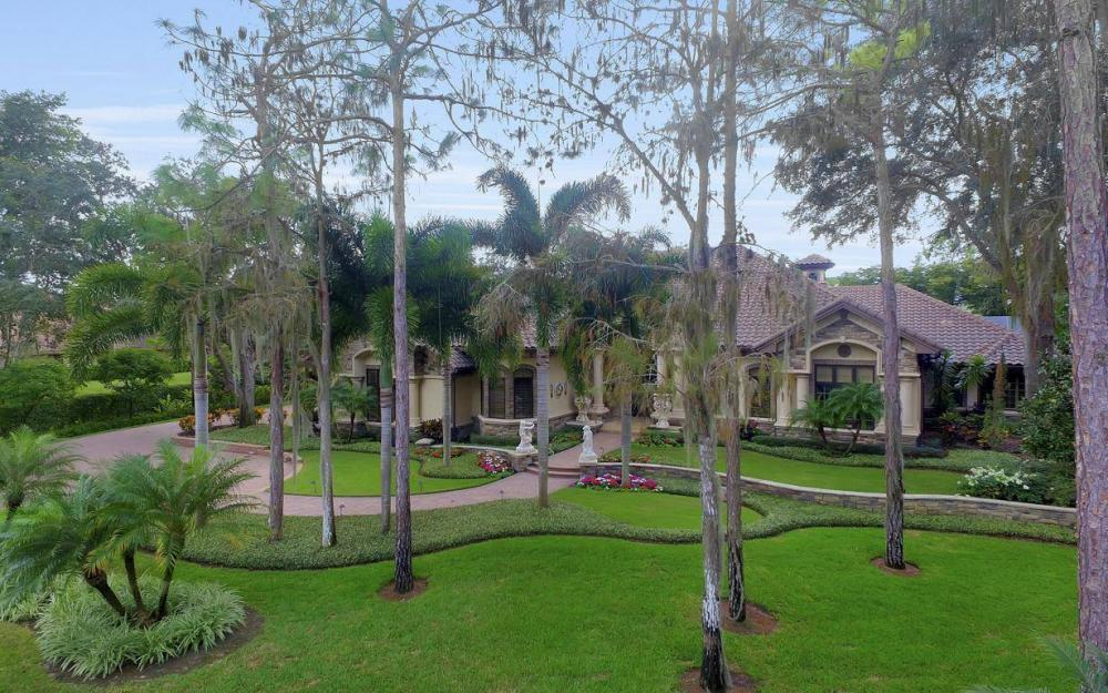 4456 Silver Fox Dr, Naples - Home For Sale 1011070405