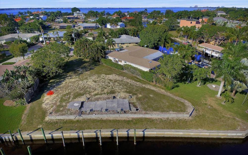 422 Parkway Ct, Fort Myers - Lot For Sale 1581173666