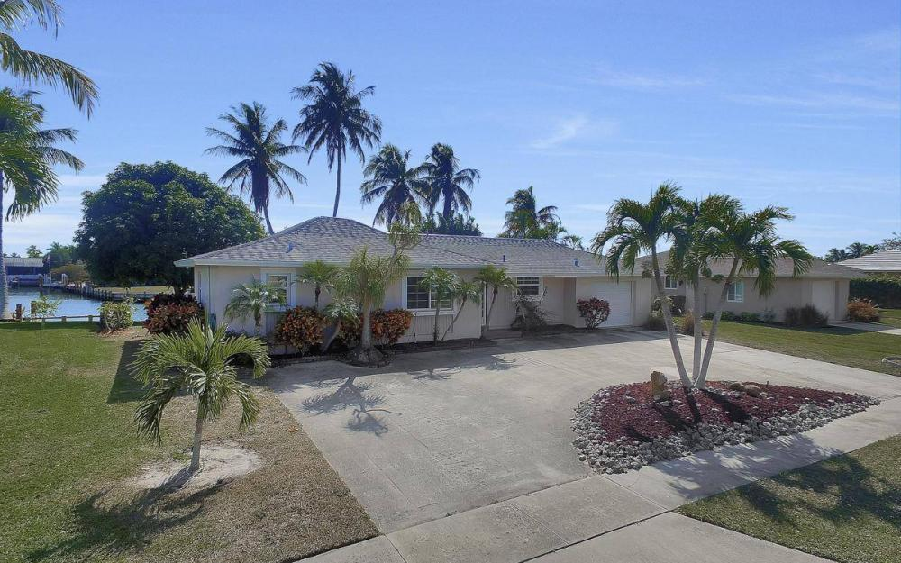 1171 Martinique Ct, Marco Island - Home For Sale 1315269063
