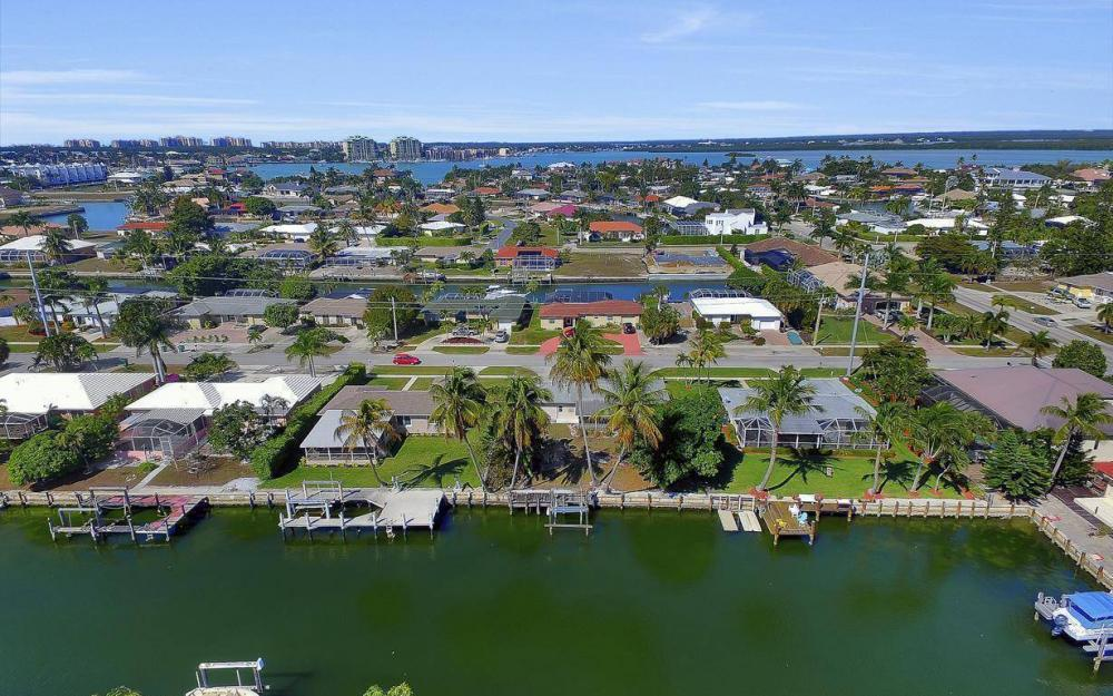 1171 Martinique Ct, Marco Island - Home For Sale 203390243