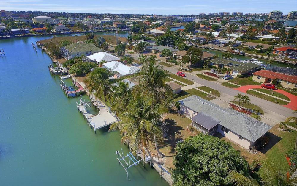 1171 Martinique Ct, Marco Island - Home For Sale 457336265