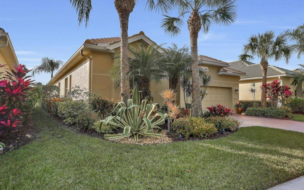 3595 Grand Cypress Dr, Naples - Home For Sale 272750752