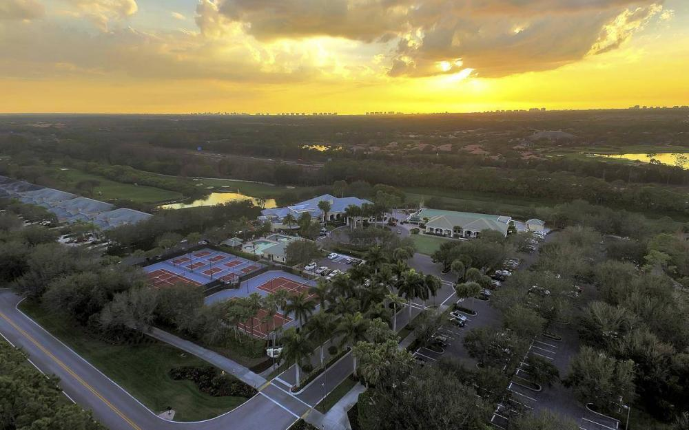3595 Grand Cypress Dr, Naples - Home For Sale 241106566