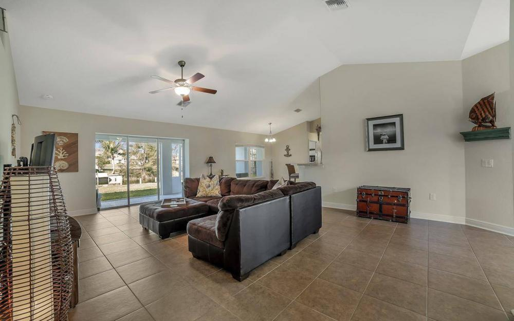 3408 SW 11th Pl, Cape Coral - Home For Sale 679042381
