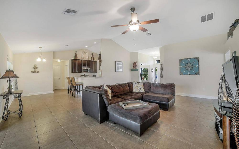3408 SW 11th Pl, Cape Coral - Home For Sale 1092497389