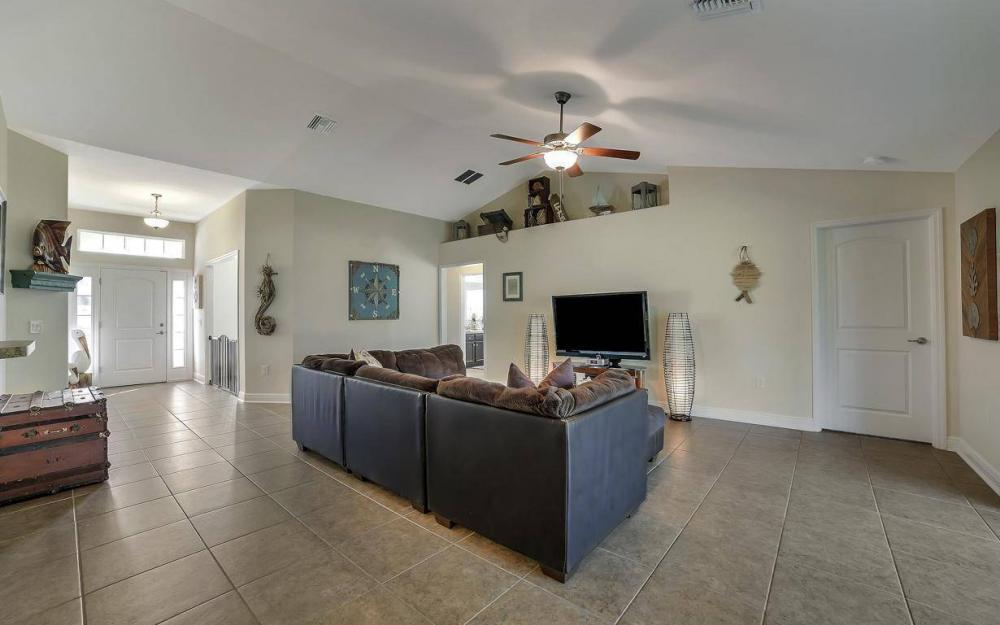 3408 SW 11th Pl, Cape Coral - Home For Sale 205993360