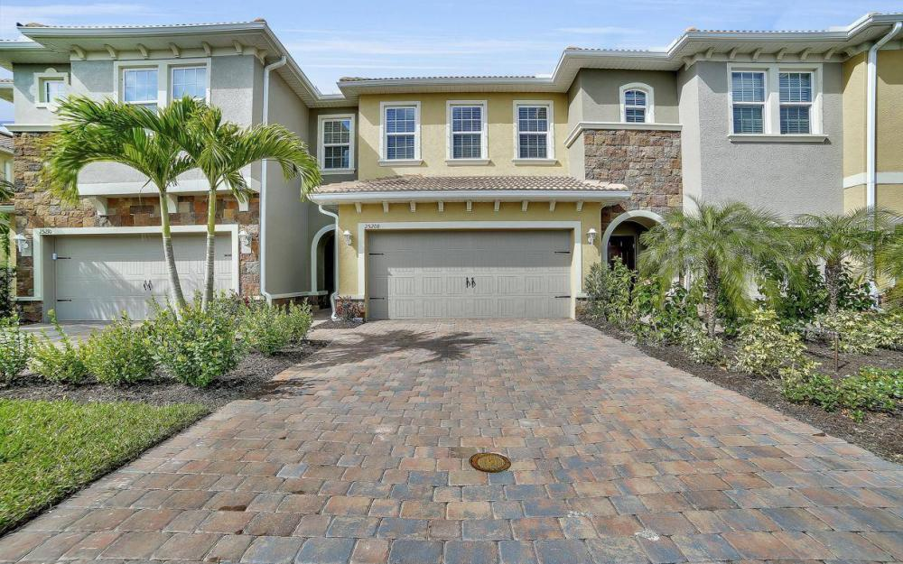 25208 Cordera Point Dr, Bonita Springs - Home For Sale 1027584632