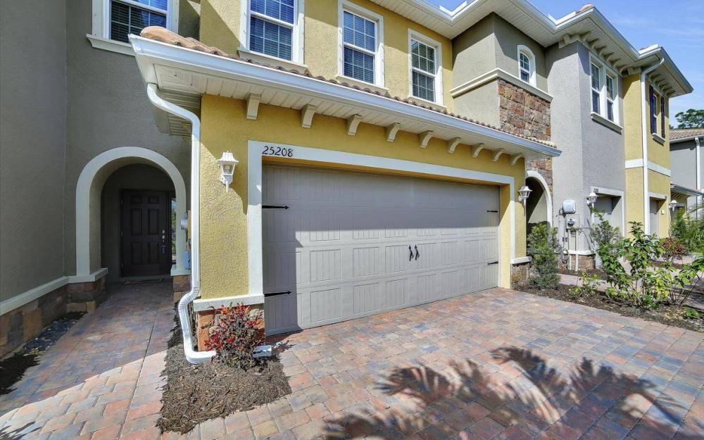 25208 Cordera Point Dr, Bonita Springs - Home For Sale 1347140207