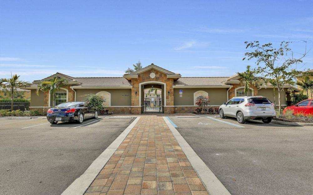 25208 Cordera Point Dr, Bonita Springs - Home For Sale 875286999