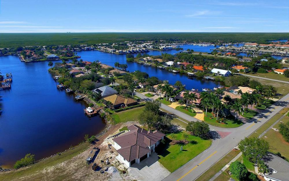 161 Cays Dr, Naples - Waterfront Home For Sale 1395503078