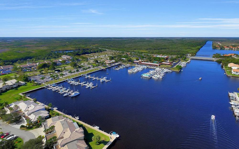 161 Cays Dr, Naples - Waterfront Home For Sale 524914021