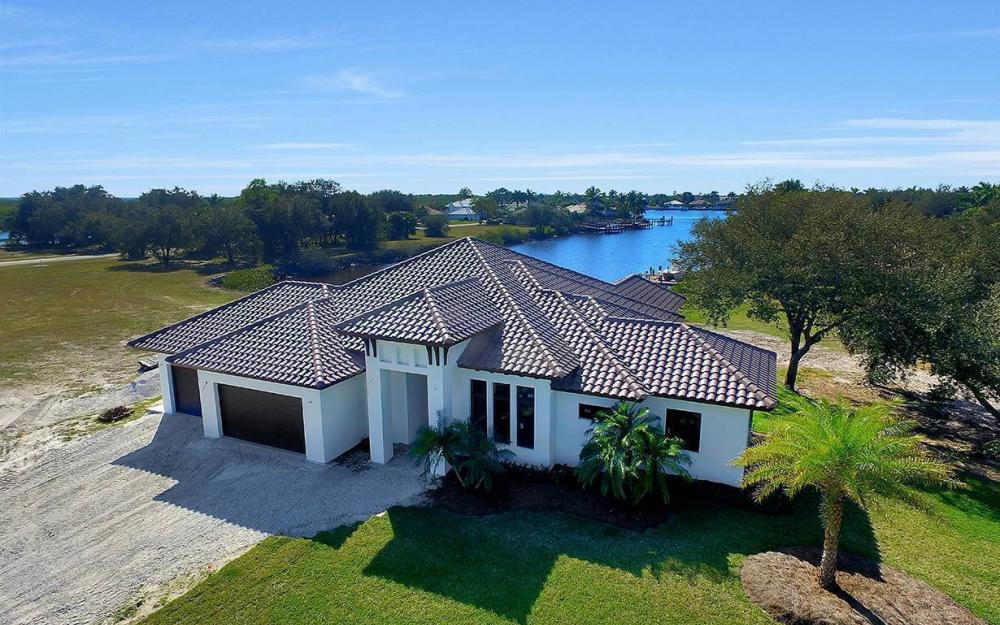 161 Cays Dr, Naples - Waterfront Home For Sale 284445780
