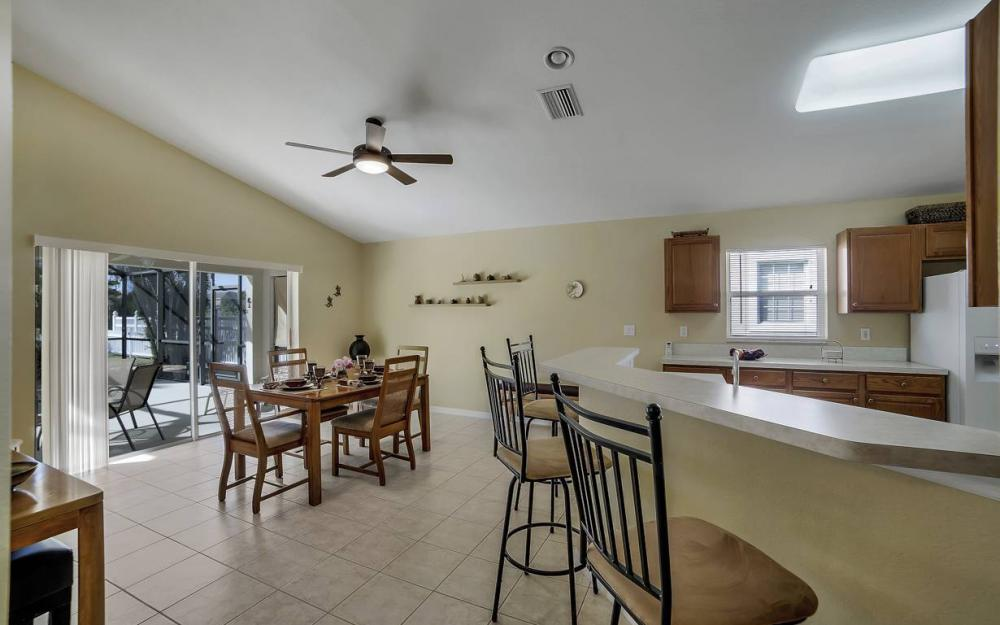 12845 Oakpointe Cir, Fort Myers - Pool Home For Sale 1120575685