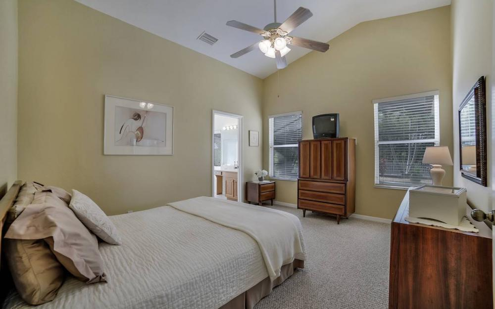 12845 Oakpointe Cir, Fort Myers - Pool Home For Sale 1180833475