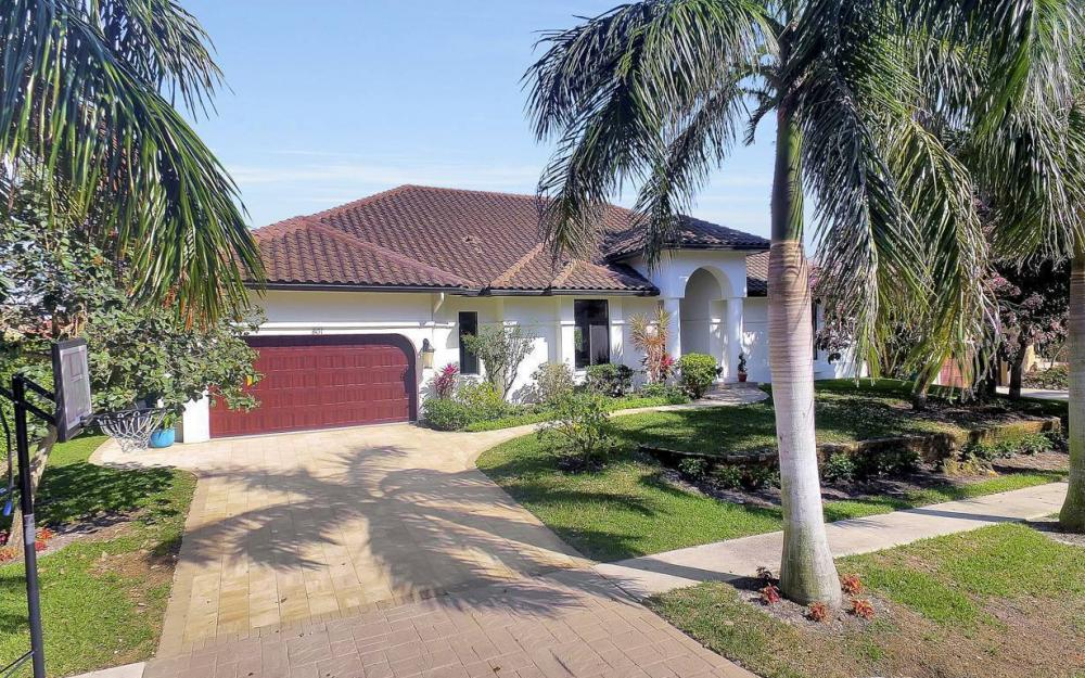 801 Partridge Ct, Marco Island - Waterfront Gulf Access Home For Sale 1825268086