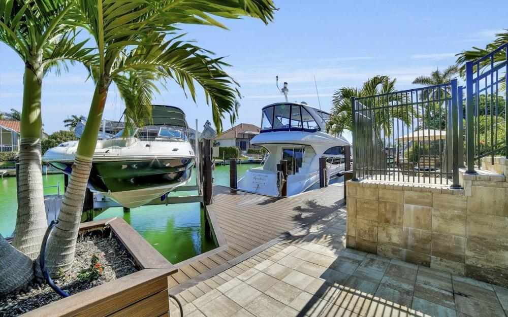 801 Partridge Ct, Marco Island - Waterfront Gulf Access Home For Sale 629673657