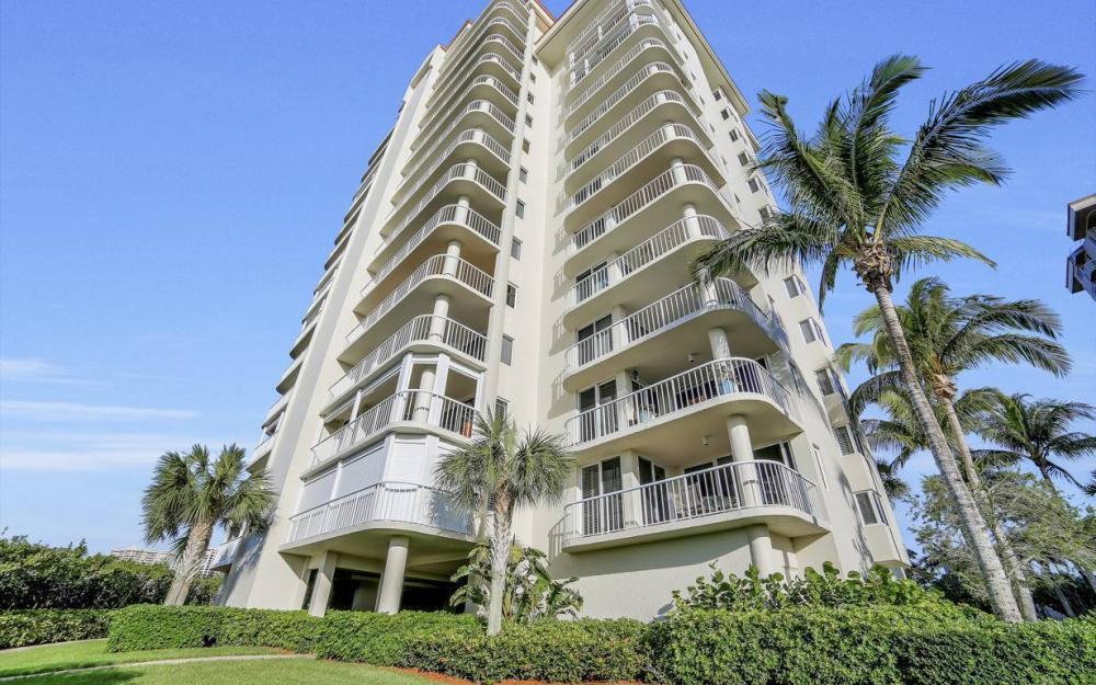 50 Seagate Dr #703, Naples - Luxury Waterfront Condo For Sale 2042101054