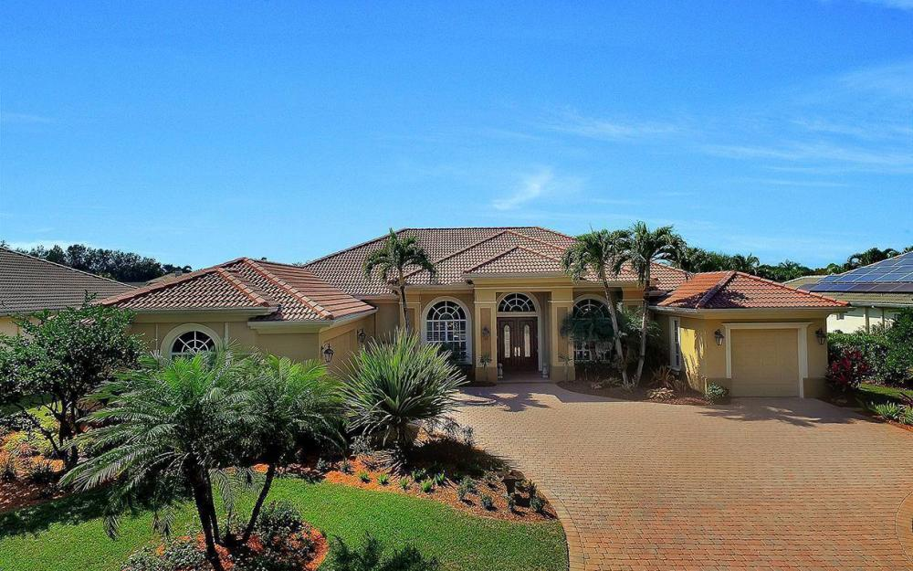 23660 Peppermill Ct, Bonita Springs - Waterfront Home For Sale 1929575471