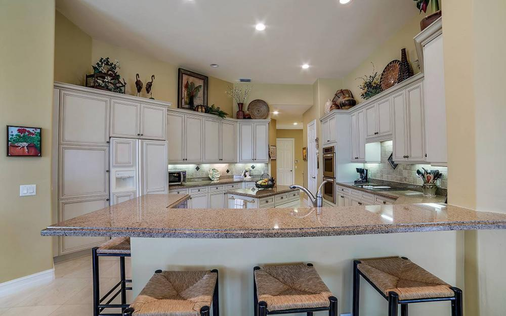 23660 Peppermill Ct, Bonita Springs - Waterfront Home For Sale 615788447