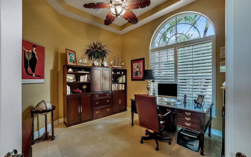 23660 Peppermill Ct, Bonita Springs - Waterfront Home For Sale 945414135
