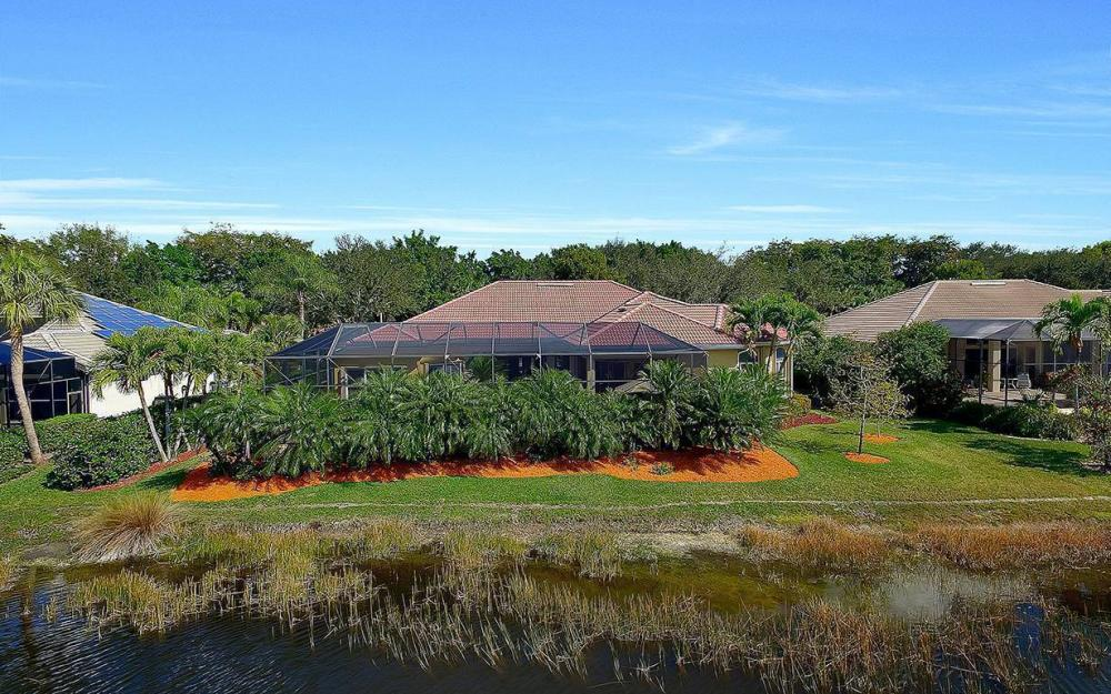 23660 Peppermill Ct, Bonita Springs - Waterfront Home For Sale 2043632154