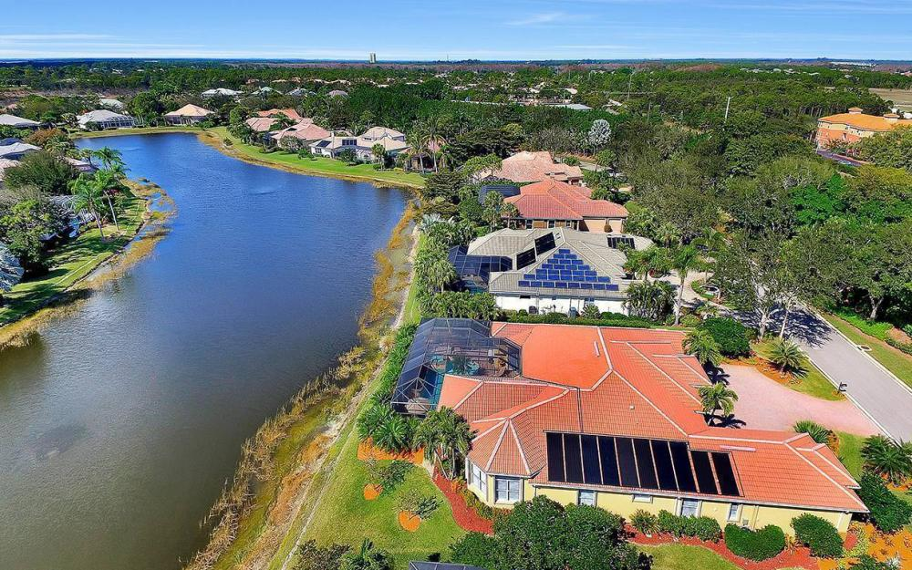 23660 Peppermill Ct, Bonita Springs - Waterfront Home For Sale 1221150648