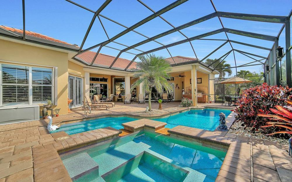 23660 Peppermill Ct, Bonita Springs - Waterfront Home For Sale 2111919199