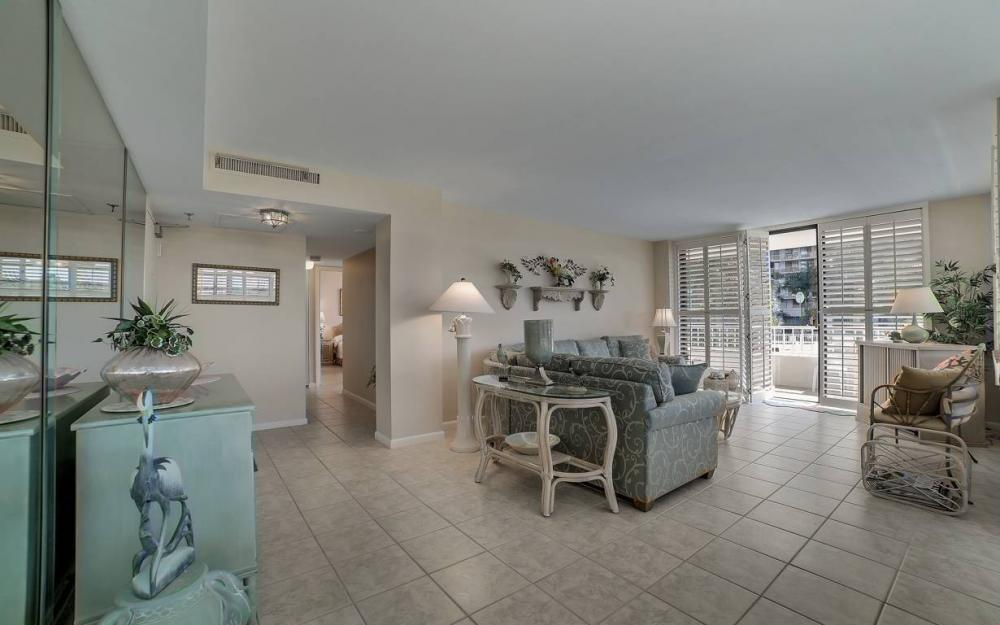 440 Seaview Ct #111, Marco Island - Condo For Sale 870030139