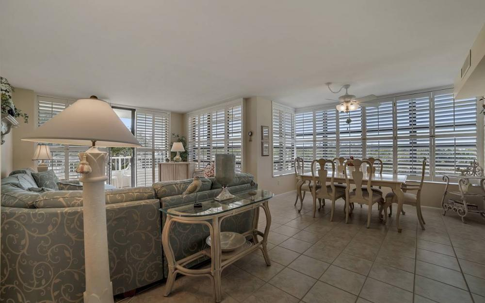 440 Seaview Ct #111, Marco Island - Condo For Sale 90300324