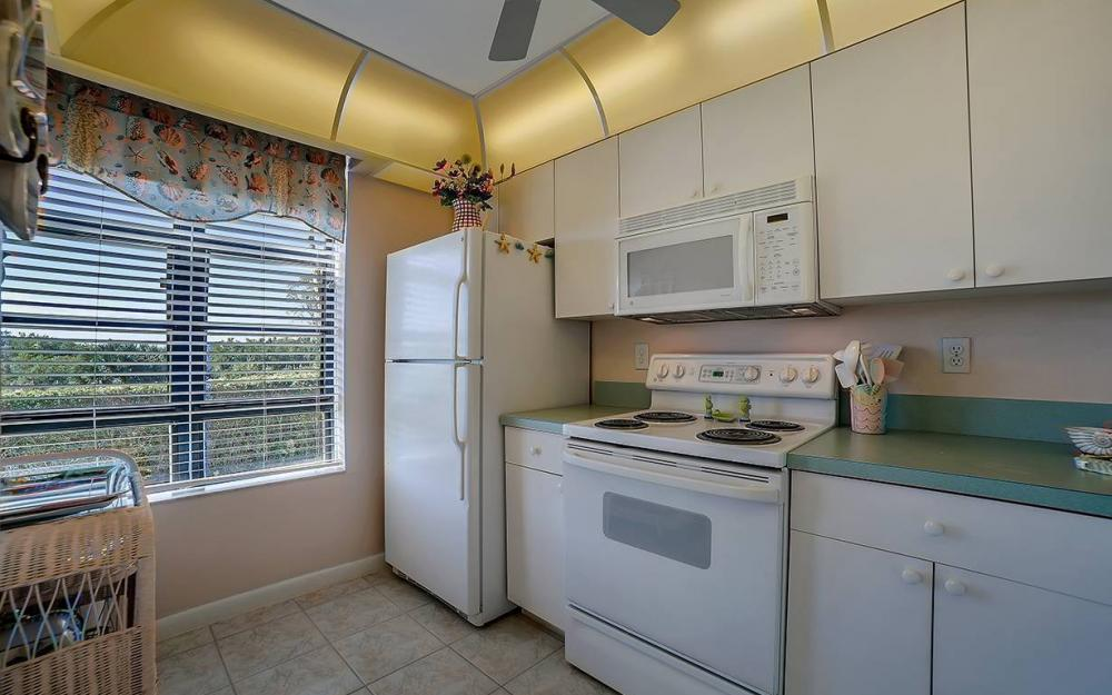 440 Seaview Ct #111, Marco Island - Condo For Sale 2128818865