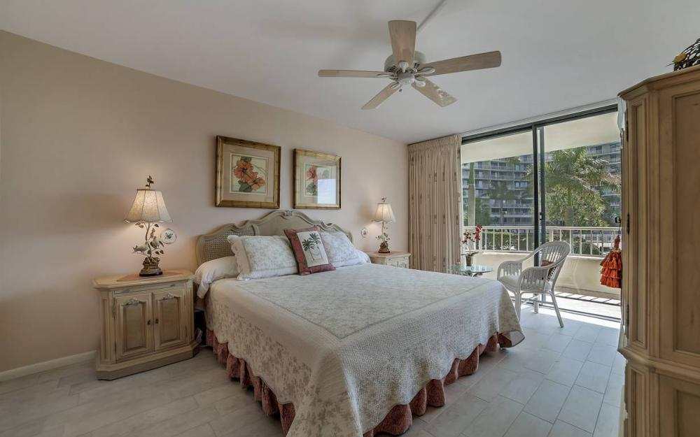 440 Seaview Ct #111, Marco Island - Condo For Sale 745970984