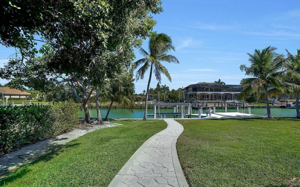 1021 E Inlet Dr, Marco Island - Home For Sale 368512284